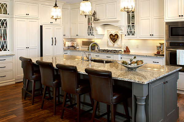 Our experts at Richmond Decorating can help you choose the right cabinetry and countertops for your budget and lifestyle.